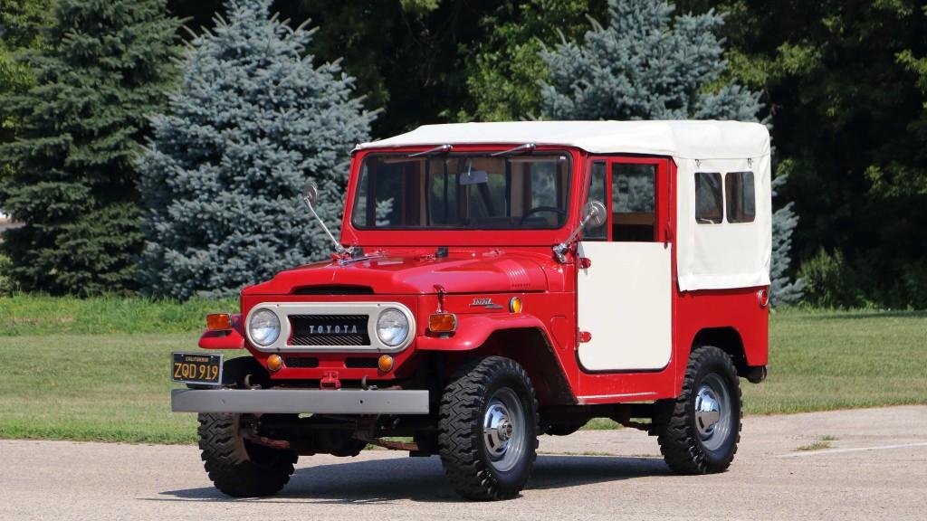1969 Toyota FJ40 FST – Unrestored with 28,000 Miles